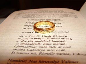 Władca Pierścieni kontynuacją Hobbita, czyli tam i z powrotem